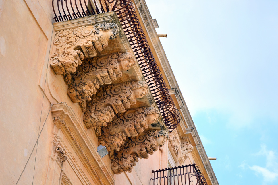 Beautiful-architecture-Noto