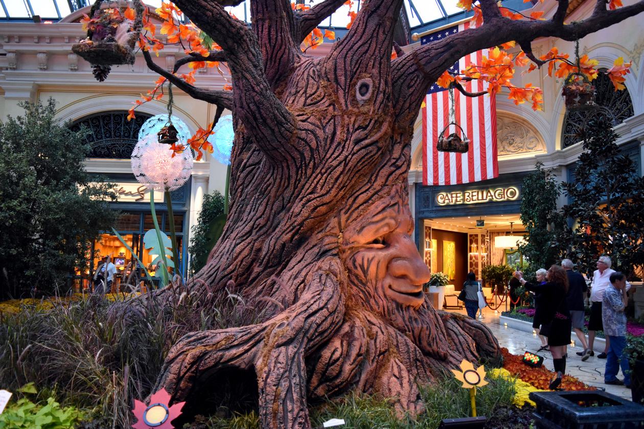 Bellagio-Las-Vegas-Autumn-2015