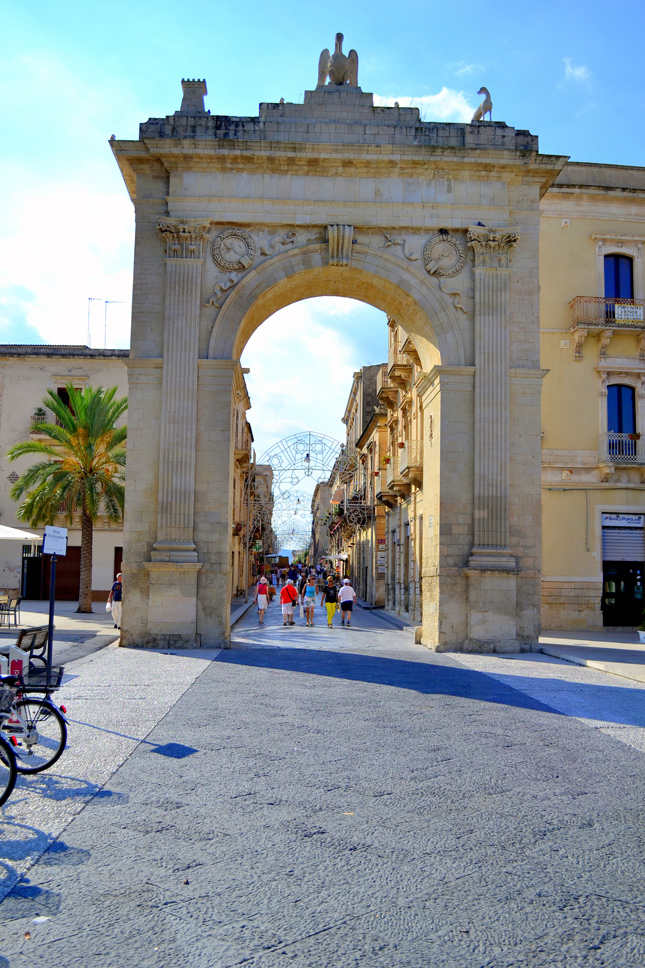 Noto-Sicilia-travel