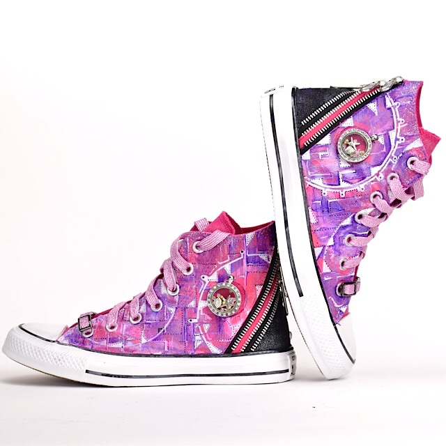 Customized Converse Shoeaddic