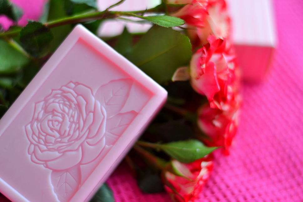 Soap-Oriflame-Roses