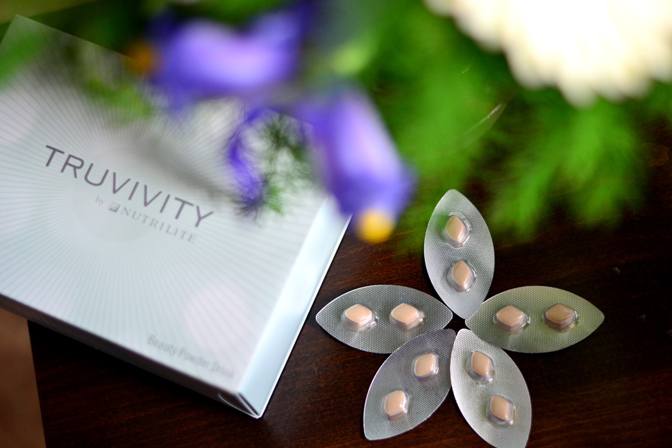 Beauty-Powder-Drink-Truvivity